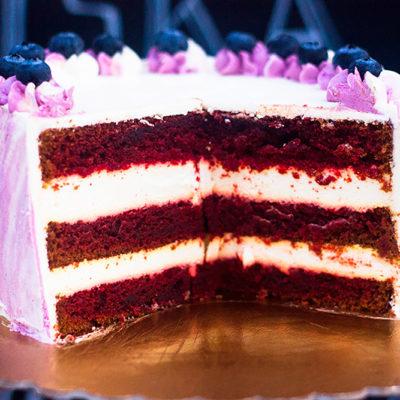 Narozeninový dort «Red velvet»