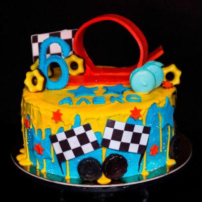 Dětský narozeninový dort «Závodní autíčka»