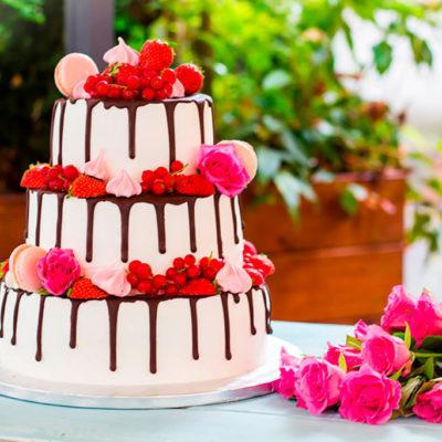 Svatební ovocný dort «Lehkost a něha» 2