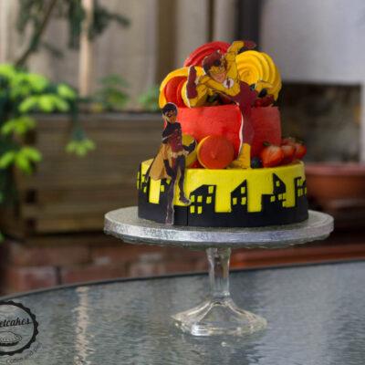 Dvoupatrový dětský dort na narozeniny «Flash»