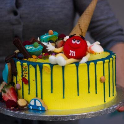 Dětský narozeninový dort na objednávku «M&M's»