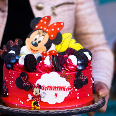 Dětský dort na objednávku «Minnie červená»