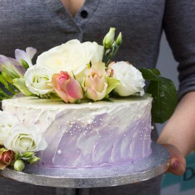 Svatební dort pastelový