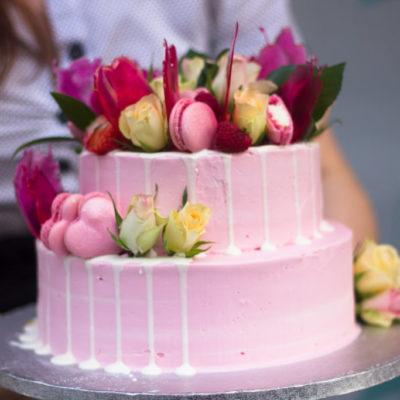 Svatební dort Růžový