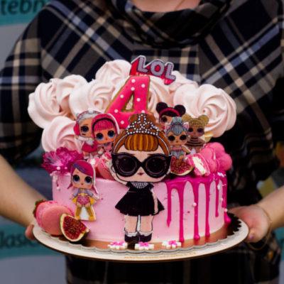 Dětský dort na objednávku LOL 10 (2,5 kg, 1700 kč)