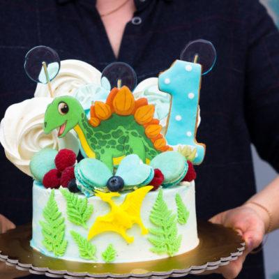 Dětský narozeninový dort pro kluka Dinosaurus 8 (1,5 kg, 1200 kč)