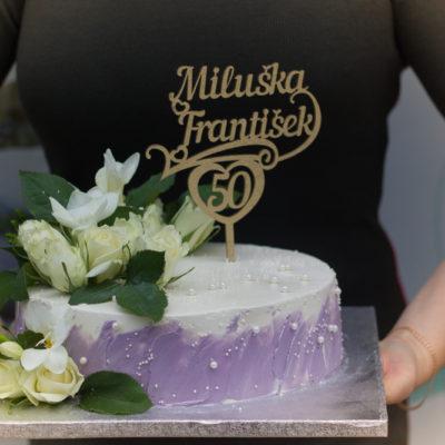 Svatební dort Fialový