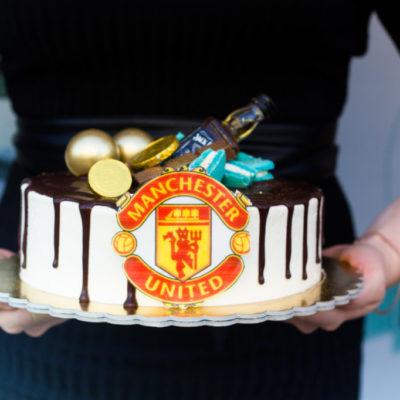 Narozeninový dort pro muže Manchester United (2 kg, 1450 kč)
