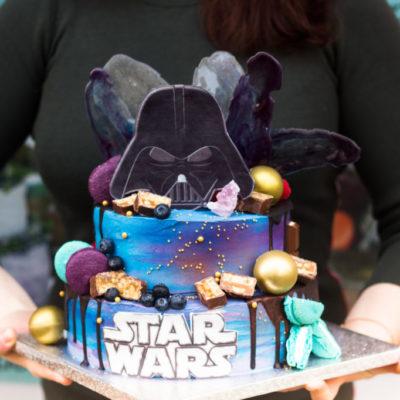 Dvoupatrový dort na narozeniny Star Wars 3 (4 kg, 2500 kč)