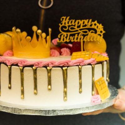 Dětský narozeninový dort  Princezna 6 (3 kg, 1950 kč)