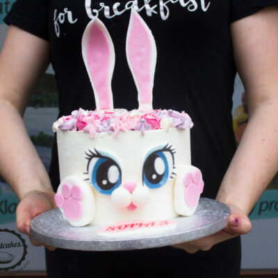 Dětský narozeninový dort Zajíček 6 (2 kg 1450 kč)