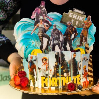 Dětský narozeninový dort pro kluka Fortnite 7