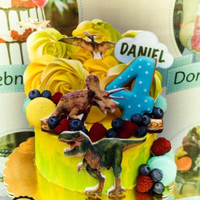 Dětský narozeninový dort pro kluka Dinosaurus 10 (1,5 kg, 1200 kč)