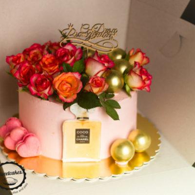 Narozeninový dort pro slečnu Chanel 4 (2,5 kg, 1700 kč)