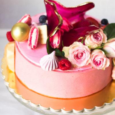 Narozeninový dort pro slečnu Něha a láska 5 (2 kg 1450 kč)