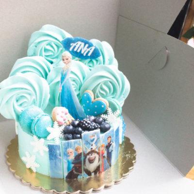 Dětský dort na objednávku Frozen 22 (1,5 kg 1200 kč)