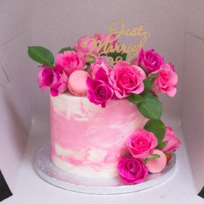 Narozeninový dort pro slečnu Něha a láska 4 (2,5 kg 1700 kč)