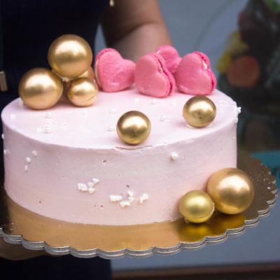 Narozeninový dort pro slečnu Něha a láska 3 (2 kg, 1450 kč)