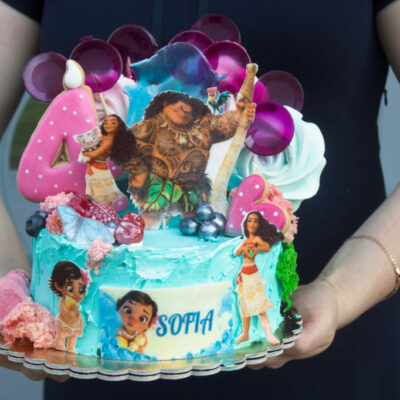 Dětský narozeninový dort Odvážná Vaiana 2 (2 kg, 1450 kč)