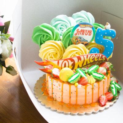 Dětský narozeninový dort pro kluka Hot wheels 4 (2 kg, 1450 kč)