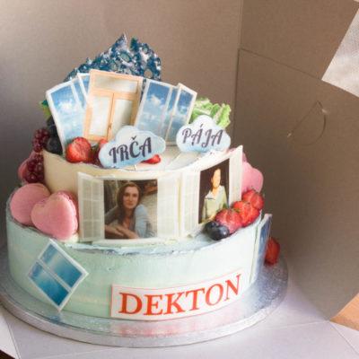 Firemní dort Dekton (4 kg, 2500 kč)