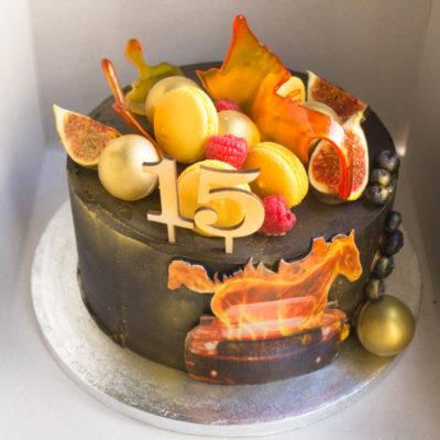 Narozeninový dort pro muže Ohnivý kůň (3 kg, 1950 kč)