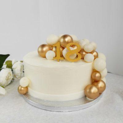 Narozeninový dort pro slečnu Love 4 (2,5 kg, 1700 kč)